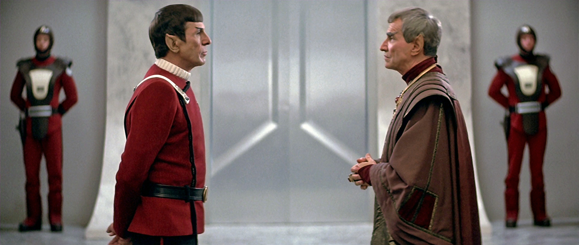 Spock_and_Sarek_Federation_council